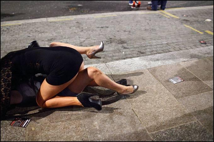 пьяные женщины дерутся