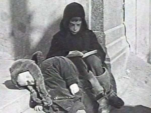 Фото детей в блокадном Ленинграде